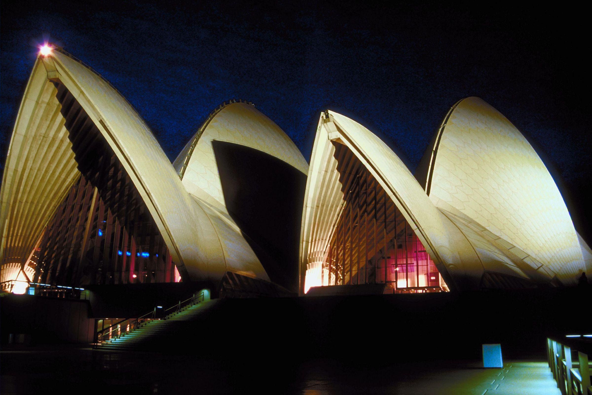 Adayss-Australia
