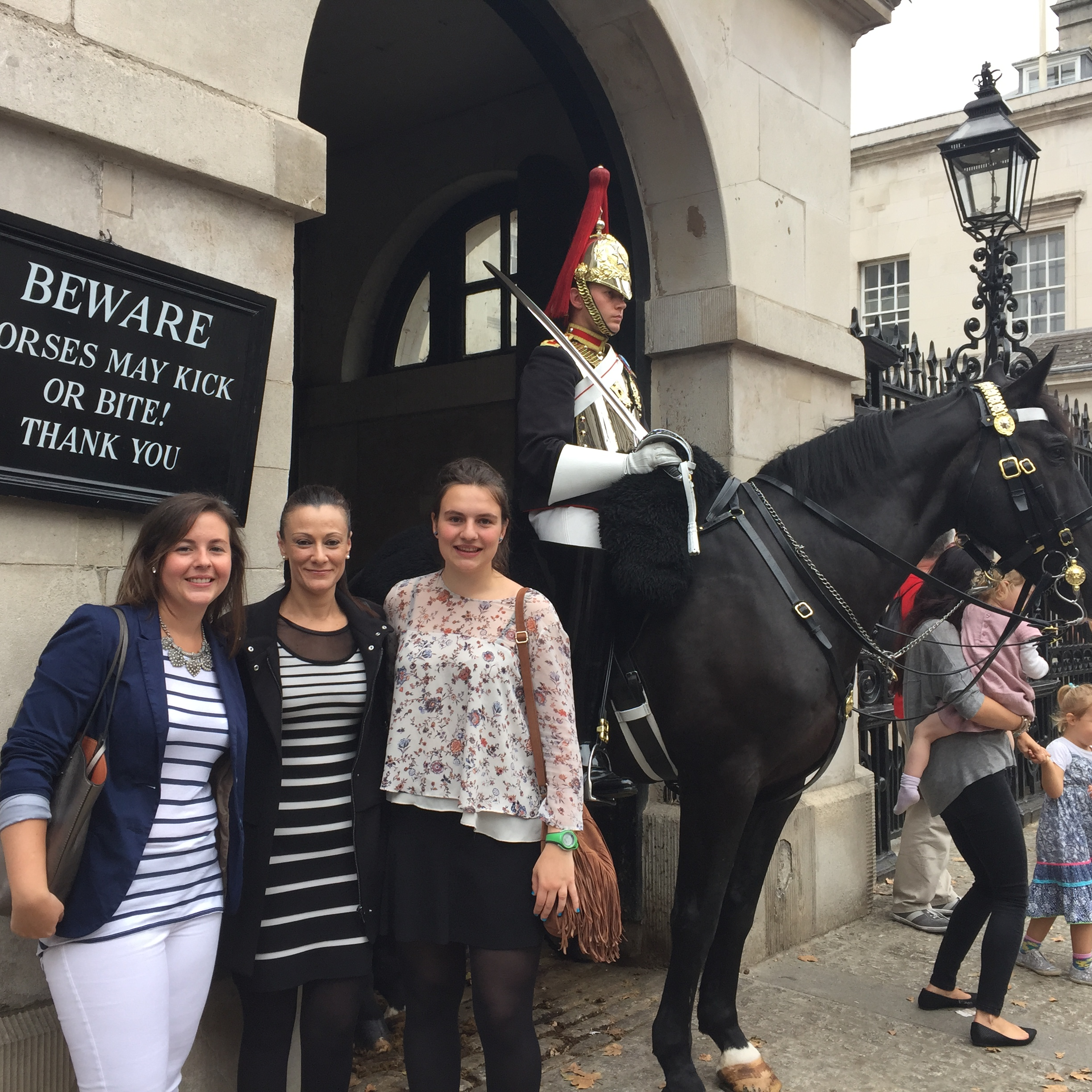 meet other au pairs in london